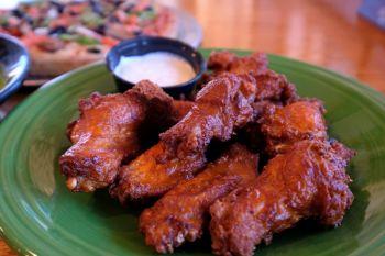 Dare Devil's Pizzeria, Buffalo Style Wings